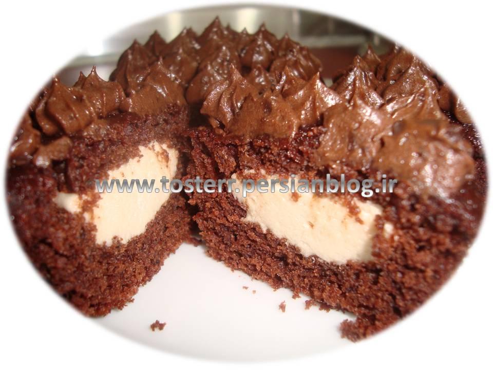 کاپ کیک شکلاتی با مارشمالو و کرم پنیری